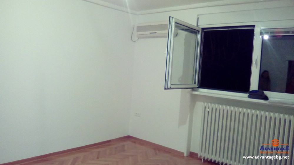 Stan 33m² Banovo brdo